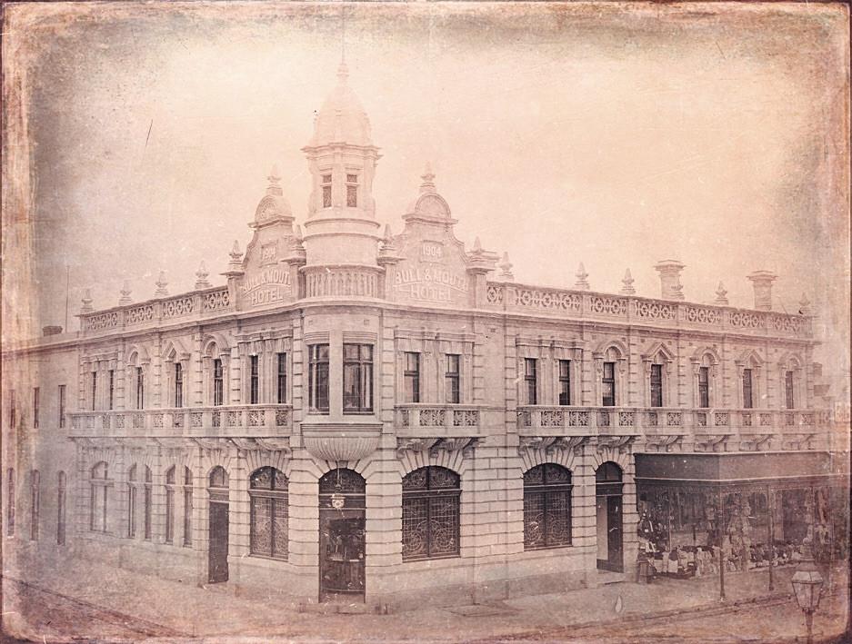 1904_Bull_Mouth_HotelMaryborough.jpg