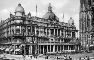 History Dom Hotel