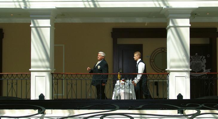 Around the World in 80 Hotels (3)
