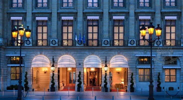 Present Ritz Paris